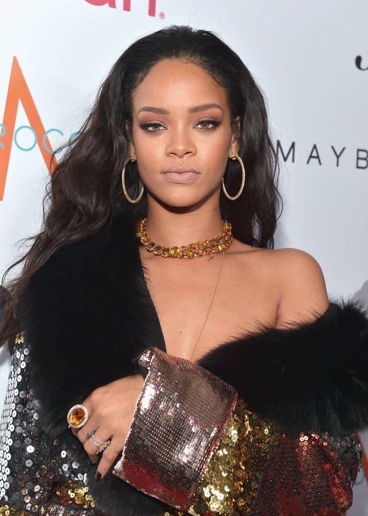 30 tuổi, Rihanna đã có trong tay tất cả mọi thứ nhưng chỉ duy nhất một điều cô vẫn chưa tìm được