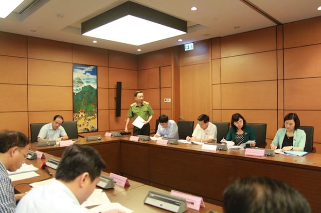 Thượng tướng Tô Lâm: Bộ trưởng phải lên Thượng tướng 4 năm mới được Đại tướng - Ảnh 1.