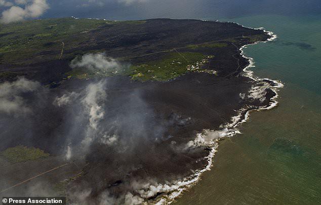 Núi lửa Kilauea đã giúp Hawaii mọc thêm hàng km đất mới mà vẫn chưa có dấu hiệu dừng lại - Ảnh 5.