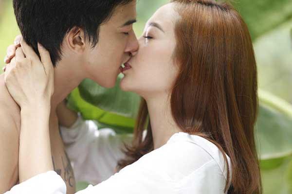 Tiến Vũ - nam diễn viên dính nghi vấn lộ clip sex nổi tiếng cỡ nào? - Ảnh 7.