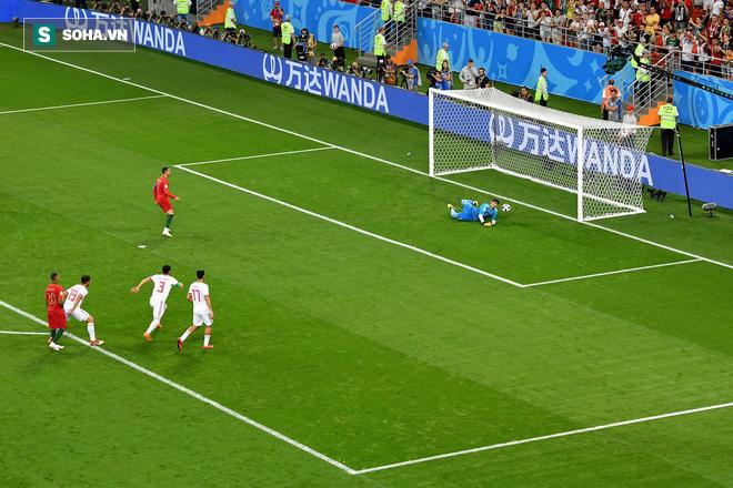 World Cup 2018: Bồ Đào Nha sụp đổ bắt đầu từ cú đá khó tin này của Ronaldo 1