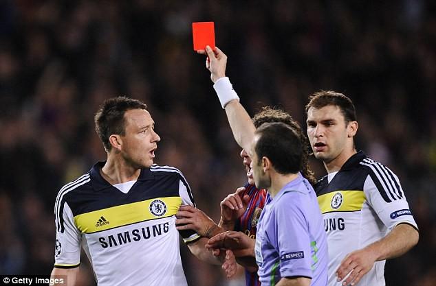 """Trọng tài từng gây tranh cãi, phạt thẻ """"không tiếc tay"""" sẽ bắt chính trận Anh vs Croatia 2"""