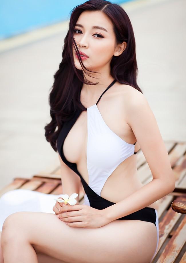 Vẻ nóng bỏng của diễn viên ít danh tiếng, đảm nhận vai thứ chính Hậu duệ mặt trời bản Việt - Ảnh 7.