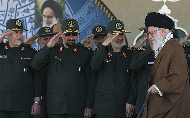 Tướng cấp cao Iran: 100.000 tên lửa sẵn sàng đợi lệnh xóa sổ Israel - Ảnh 1.