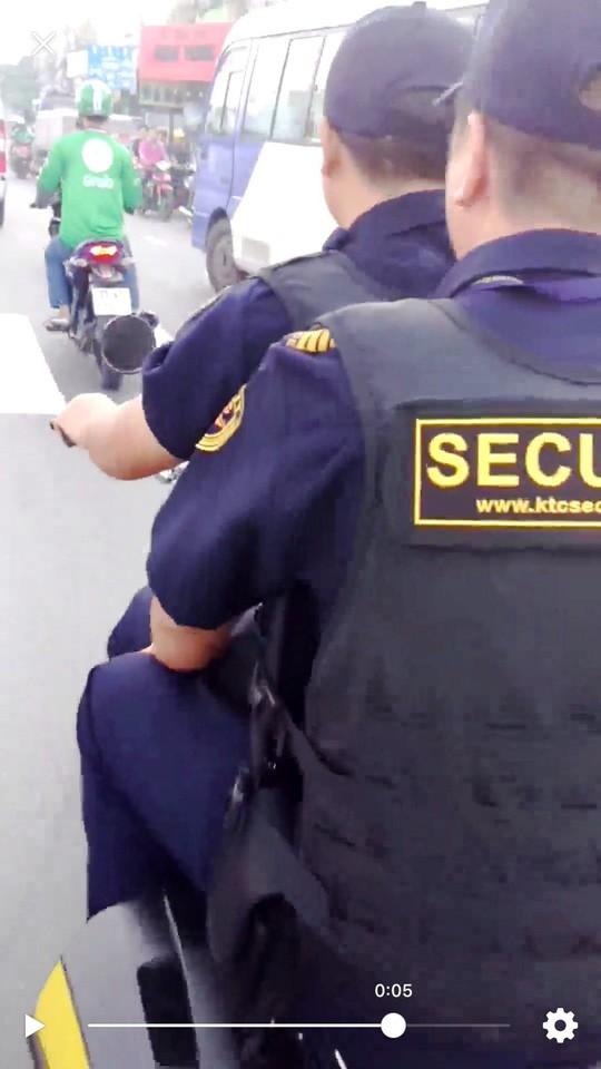 Công ty KTC lên tiếng vụ bảo vệ mang súng, nghênh ngang - Ảnh 1.
