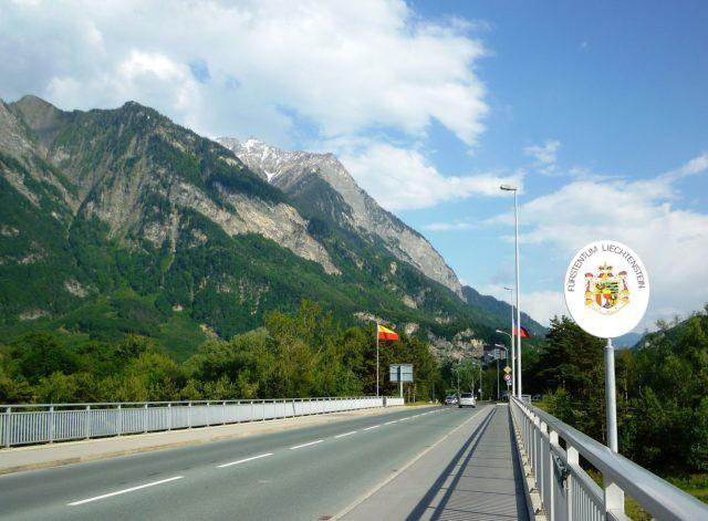 Thụy Sĩ xâm lược láng giềng 3 lần, vì nhầm lẫn - Ảnh 4.