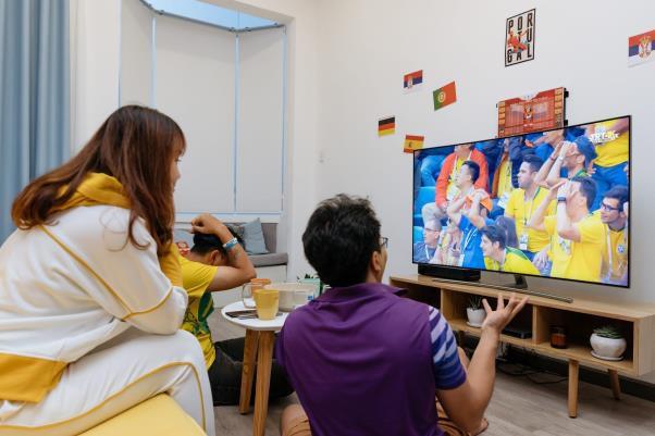 Chọn Tivi để xem bóng đá: To thôi chưa đủ - Ảnh 1.