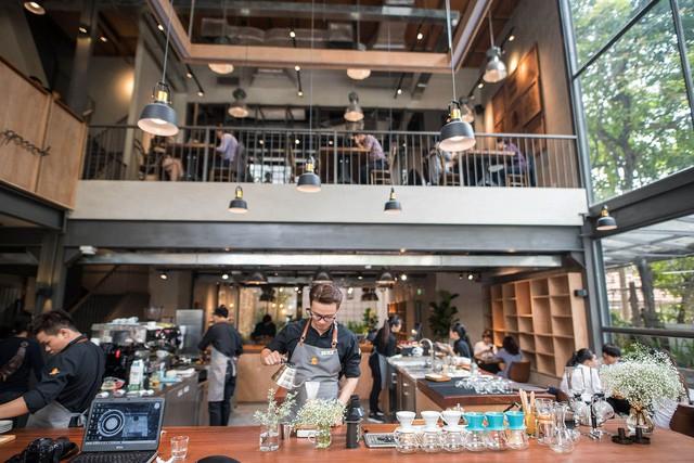 CEO The Coffee House: Quán cà phê nên là nơi khách thấy thân thuộc, chứ không phải xây một quán - 10 độ C để ghé đôi lần rồi không bao giờ trở lại! - Ảnh 2.