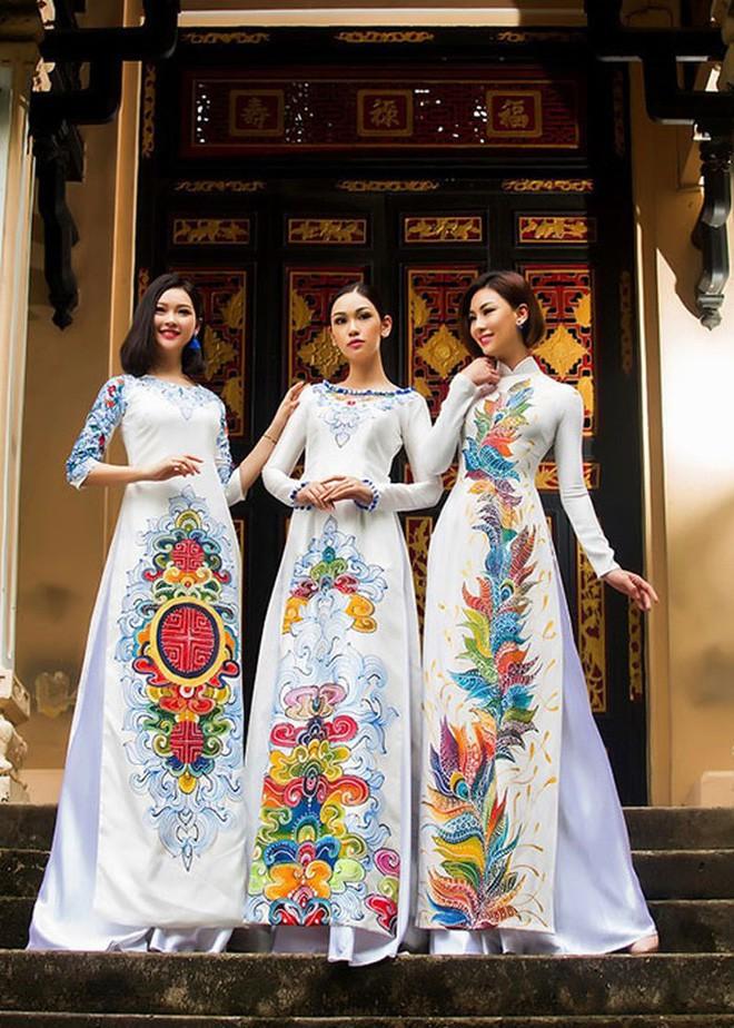 Nhà có 3 nàng tiên phiên bản đời thực: Ai cũng xinh đẹp, dáng chuẩn và cùng thi hoa hậu - Ảnh 16.