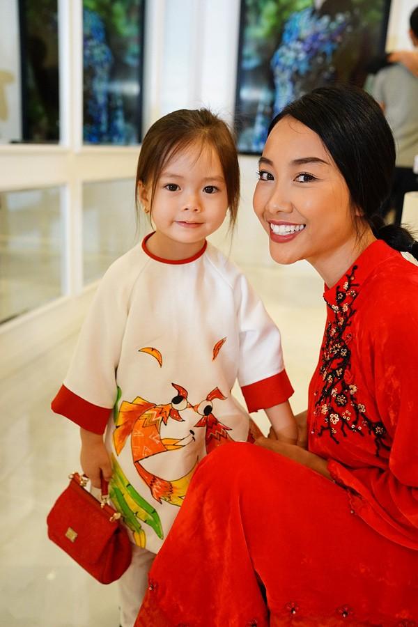 Những nhóc tì nhà sao Việt được bố mẹ đầu tư hàng hiệu ngay từ bé - Ảnh 6.
