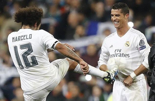 Marcelo viết ngôn tình gửi Ronaldo, hẹn 1 ngày lại trở về bên nhau - Ảnh 1.
