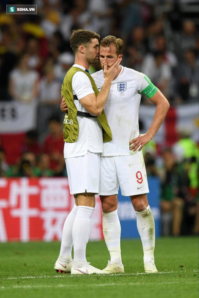 Trong nỗi buồn khôn nguôi, sao tuyển Anh cân nhắc rời ĐTQG - Ảnh 1.