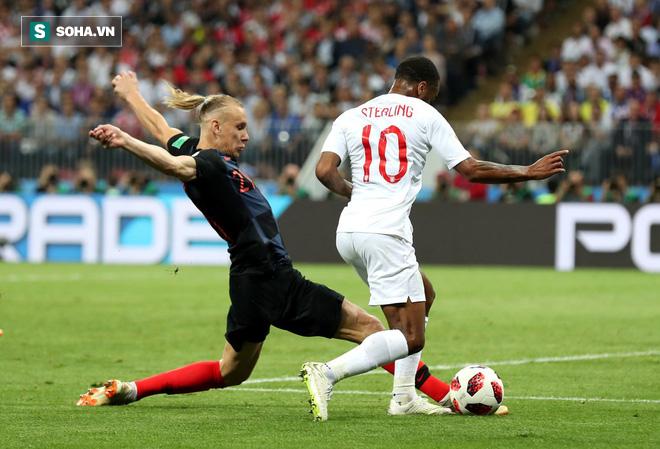 World Cup 2018: Trung vệ Croatia rối rít xin lỗi sau hành động khiêu khích chủ nhà Nga - Ảnh 1.