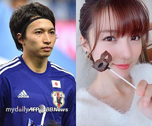 Sau khi tạo địa chấn tại World Cup 2018, sao tuyển Nhật lập tức cưới vợ nóng bỏng - Ảnh 1.