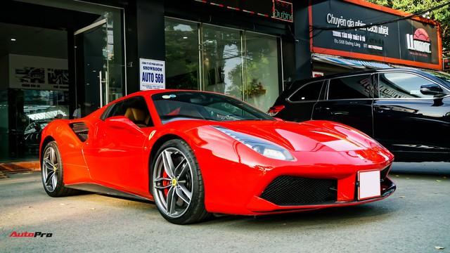 Ferrari 488 Spider kí gửi tại showroom xe cũ Hà Nội với giá ngang Mercedes-Maybach S500 - Ảnh 1.