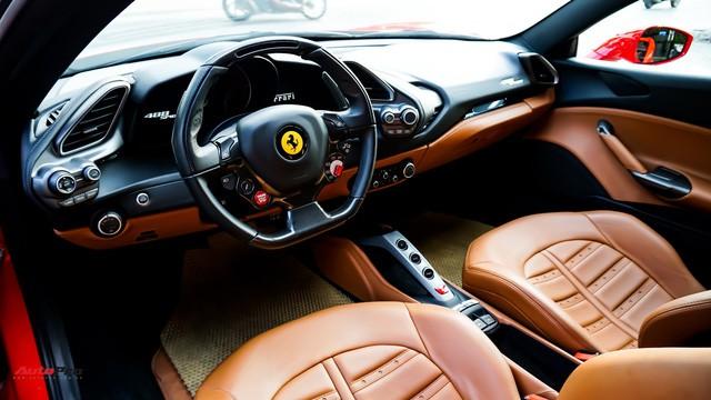 Ferrari 488 Spider kí gửi tại showroom xe cũ Hà Nội với giá ngang Mercedes-Maybach S500 - Ảnh 12.