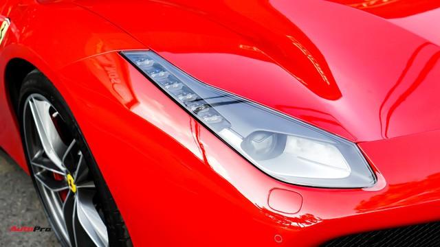 Ferrari 488 Spider kí gửi tại showroom xe cũ Hà Nội với giá ngang Mercedes-Maybach S500 - Ảnh 2.