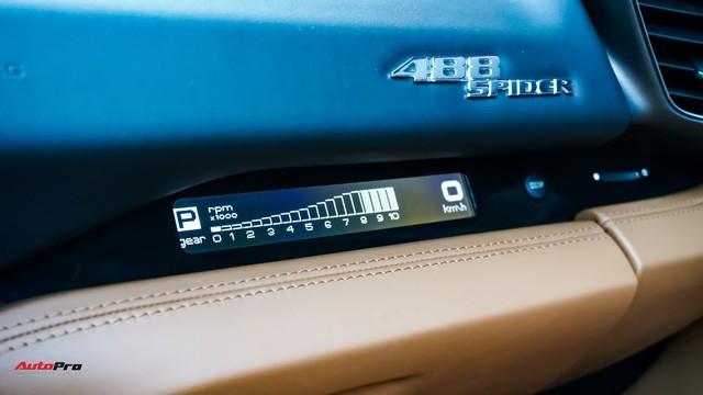 Ferrari 488 Spider kí gửi tại showroom xe cũ Hà Nội với giá ngang Mercedes-Maybach S500 - Ảnh 28.