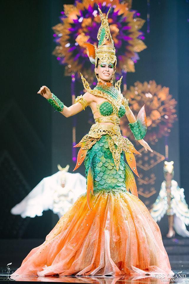 Dàn thí sinh Hoa hậu Hòa bình Thái Lan: Người cưỡi khủng long, kẻ biến thành tô tom yum chua cay trên sân khấu - Ảnh 7.