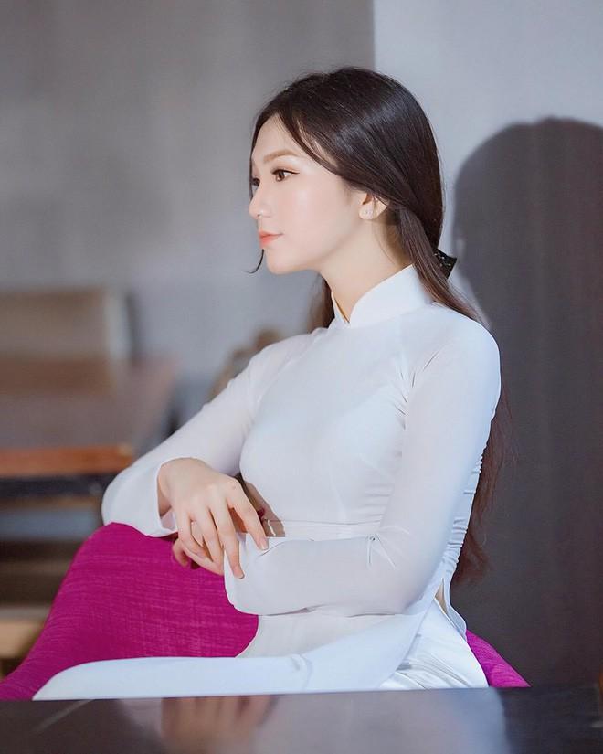 Thế hệ mỹ nhân 10x thi Hoa hậu Việt Nam 2018: Toàn nữ sinh vừa thi tốt nghiệp, xinh đẹp và sở hữu thành tích ấn tượng - Ảnh 8.