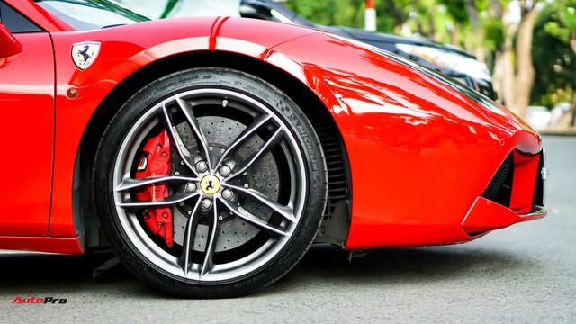 Ferrari 488 Spider kí gửi tại showroom xe cũ Hà Nội với giá ngang Mercedes-Maybach S500 - Ảnh 6.