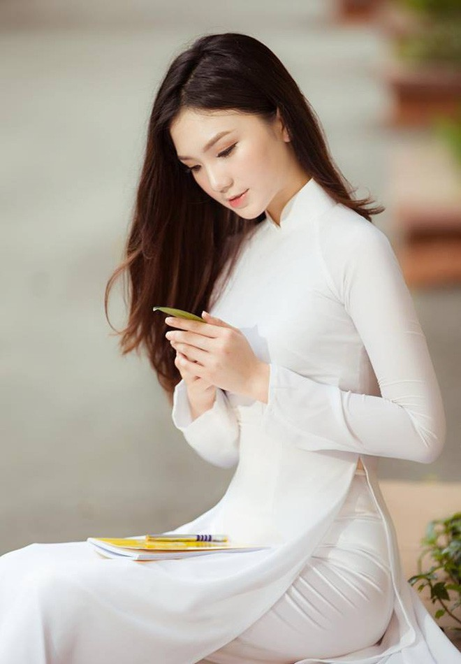 Thế hệ mỹ nhân 10x thi Hoa hậu Việt Nam 2018: Toàn nữ sinh vừa thi tốt nghiệp, xinh đẹp và sở hữu thành tích ấn tượng - Ảnh 10.