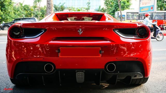 Ferrari 488 Spider kí gửi tại showroom xe cũ Hà Nội với giá ngang Mercedes-Maybach S500 - Ảnh 9.