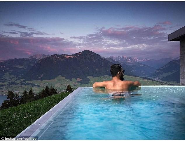 Đến hẹn lại lên, một mùa hè bỏng mắt và sang chảnh của hội rich kid thế giới lại khuấy đảo cả Instagram - Ảnh 10.