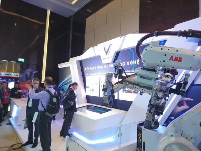 Tập đoàn công nghiệp hàng đầu Thụy Sĩ sẽ cung cấp robot sản xuất tự động cho nhà máy Vinfast - Ảnh 1.