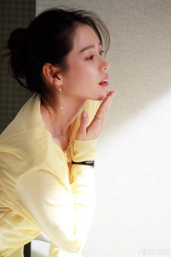 Hình hậu trường của Son Ye Jin chứng minh tường thành nhan sắc thì không cần photoshop - ảnh 14