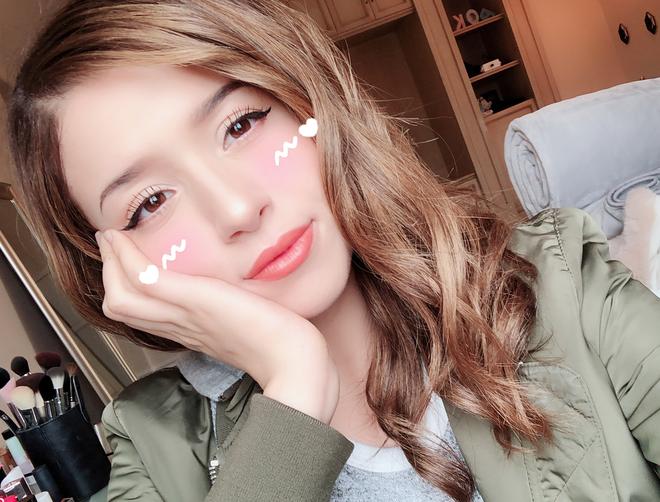Nữ streamer Maroc xinh đẹp và hot không kém gì PewPew trong cộng đồng eSports Việt - Ảnh 9.