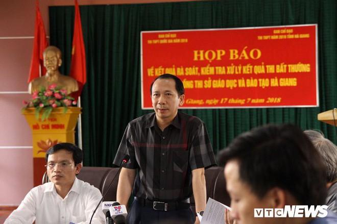 Lãnh đạo Bộ Giáo dục và Đào tạo: Có thể khởi tố vụ gian lận điểm thi tại Hà Giang - Ảnh 1.