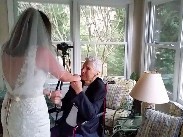 Bố khiêu vũ cùng con gái 48 tiếng trước khi qua đời - Ảnh 2.