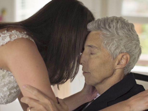 Bố khiêu vũ cùng con gái 48 tiếng trước khi qua đời - Ảnh 4.