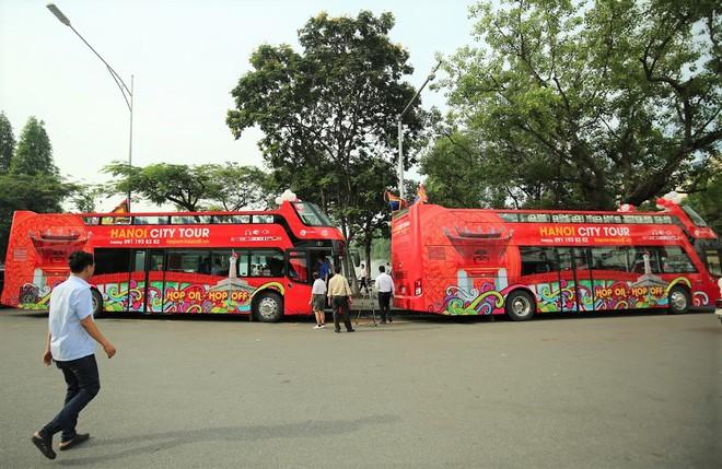 Sau 5 tháng vận hành, xe buýt hai tầng Hà Nội mỗi lượt chỉ 7 khách đi 2