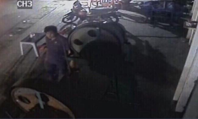 Chi tiết đường đi của nghi phạm giết lái đò, cướp tài sản ném thi thể trên sông Tiền - Ảnh 1.