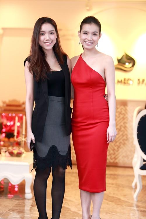 4 cô em gái xinh đẹp của các nàng Hoa hậu Việt: Người kín tiếng với cuộc sống gia đình, người giàu có, kém duyên với cuộc thi nhan sắc - Ảnh 2.