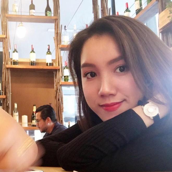 4 cô em gái xinh đẹp của các nàng Hoa hậu Việt: Người kín tiếng với cuộc sống gia đình, người giàu có, kém duyên với cuộc thi nhan sắc - Ảnh 3.