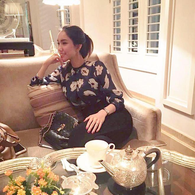 4 cô em gái xinh đẹp của các nàng Hoa hậu Việt: Người kín tiếng với cuộc sống gia đình, người giàu có, kém duyên với cuộc thi nhan sắc - Ảnh 7.