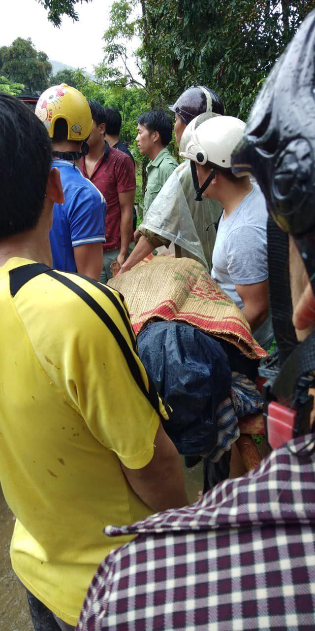 Mưa lũ làm 8 người chết ở Yên Bái: Đã trục vớt được thi thể bí thư xã - Ảnh 1.