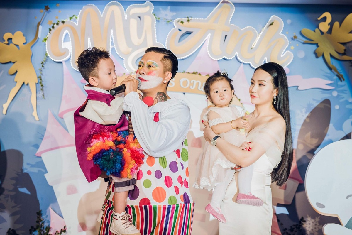 Tuấn Hưng 'nổi điên' trước tin đồn nhờ vả nhà Hương Baby trả nợ tiền tỷ