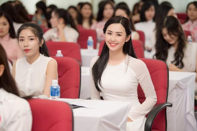 Cận cảnh nhan sắc nữ tiếp viên hàng không gây chú ý, lọt Chung kết Hoa hậu Việt Nam 2018 - Ảnh 11.