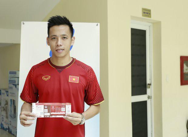 Với Văn Quyết, thầy Park sẽ bay cao cùng U23 Việt Nam - Ảnh 1.
