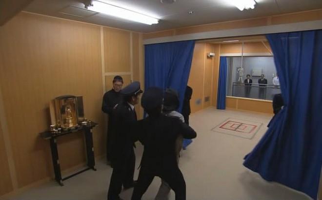 Treo cổ tử tù: Tân tiến và hiện đại là thế, vì sao Nhật Bản vẫn hành quyết kiểu cổ xưa? - Ảnh 4.