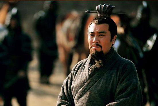 Hào kiệt Tam Quốc từng khiến Lưu Bị kinh ngạc, Viên Thuật ngưỡng mộ, Tào Tháo dè chừng - Ảnh 2.