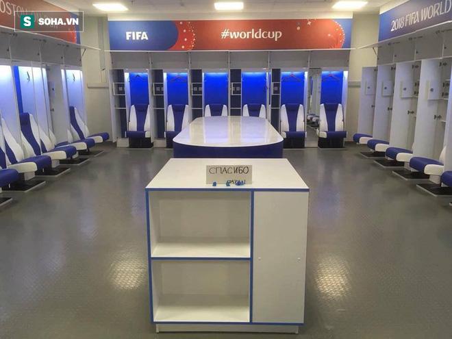Rời World Cup 2018, ĐT Nhật Bản để lại sau lưng phòng thay đồ gây xôn xao dư luận - Ảnh 1.