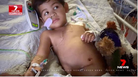 Đang chơi với bà, bé trai 5 tuổi đột nhiên đau bụng dữ dội, cả nhà bất ngờ khi nhìn ảnh chụp X-quang - Ảnh 3.
