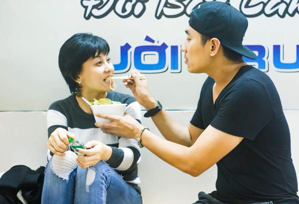 Kiều Minh Tuấn đưa bạn gái mới về quê nghỉ lễ, Cát Phượng nói gì?