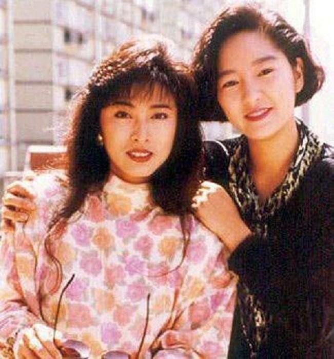 2 chị em Lý Mạc Sầu Thần điêu đại hiệp: Lận đận vì tình, cả đời không được mặc váy cưới - Ảnh 4.