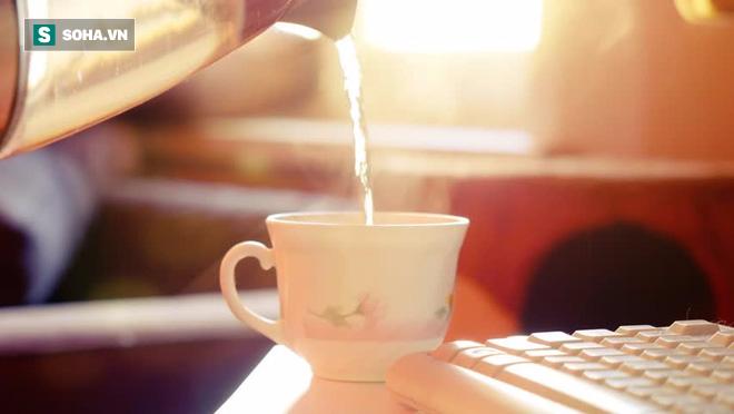 Trẻ hóa toàn bộ cơ thể nhờ vào 4 thói quen buổi sáng: Muốn trường thọ, hãy áp dụng sớm! - Ảnh 1.